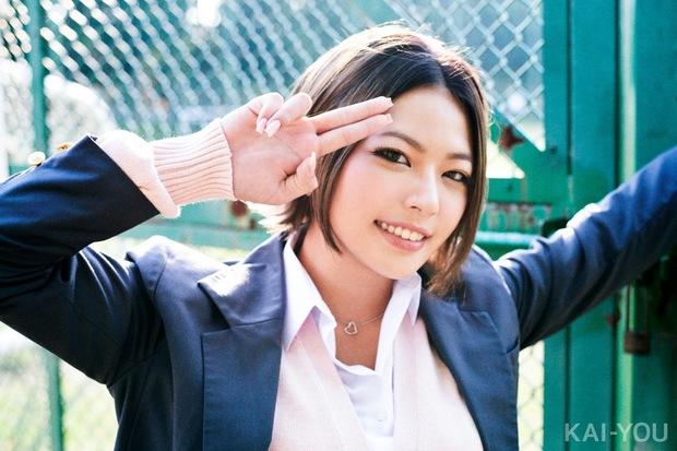 速水健朗「ギャルが生きた30年史」第2回2000年代/モデル:今井夏帆