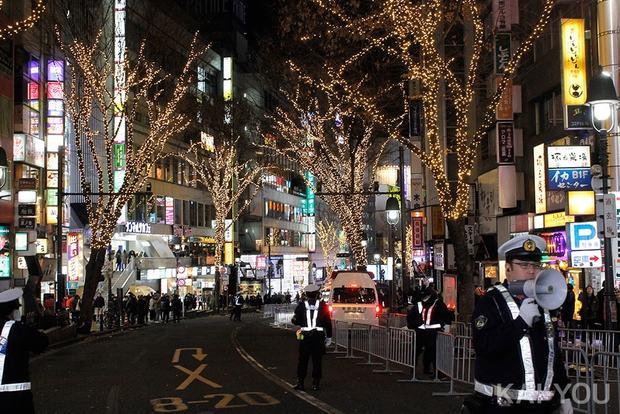 熱狂の渋谷カウントダウン2020年写真