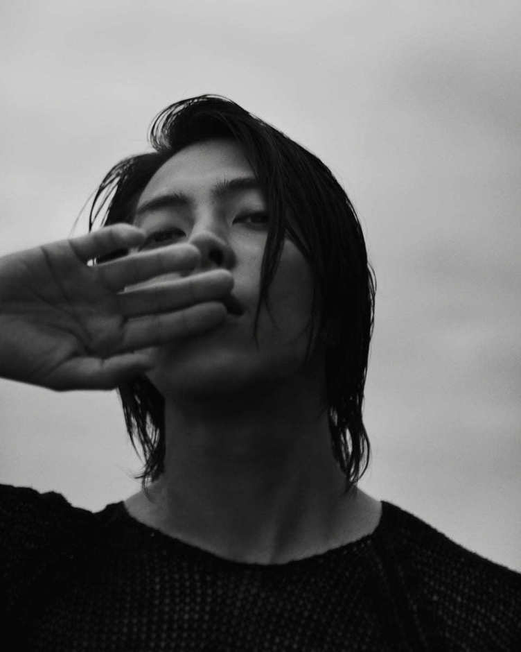 山下智久、初の写真集で講談社の生産ラインをパンクさせる