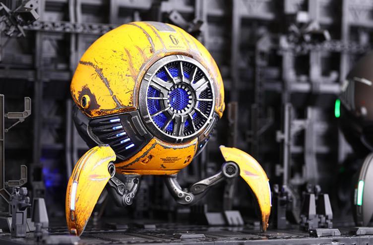 今にも動き出しそう 球体ロボット型スピーカー「Gravastar」が可愛い