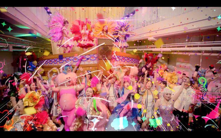 ももクロ「クローバーとダイヤモンド」MV公開 10周年を派手に飾る