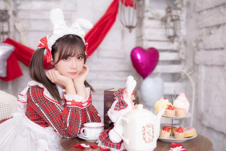 中国人コスプレイヤー「リーユウ」歌手デビュー イベントで歌声も披露