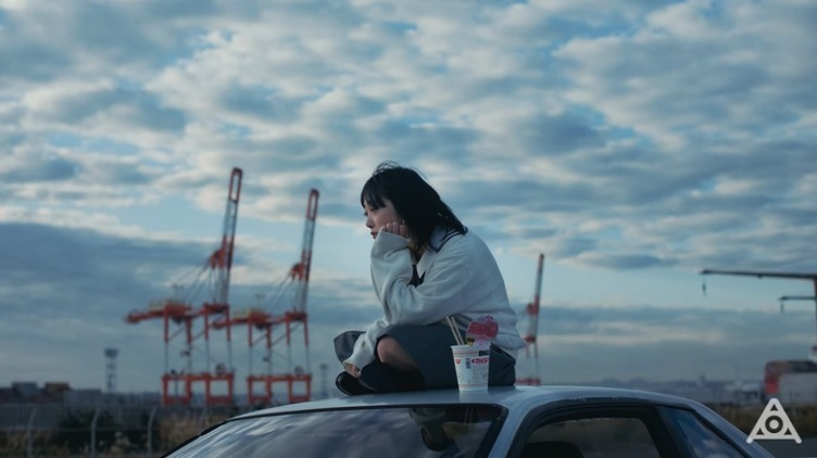 amazarashi「世界の解像度」MV公開 異なる視点を繋ぎ見えてくる景色とは