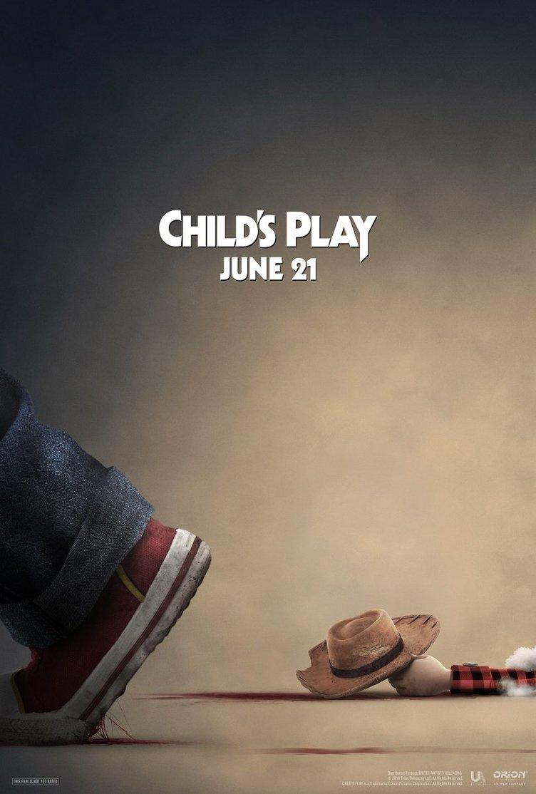 『チャイルド・プレイ』の残虐なポスター \u201cあの映画\u201cに宣戦布告