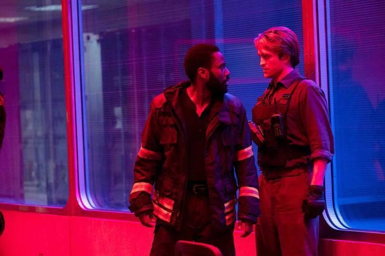 ノーランが仕掛ける逆行体験 映画『TENET』新カットに意味深な爆発シーン