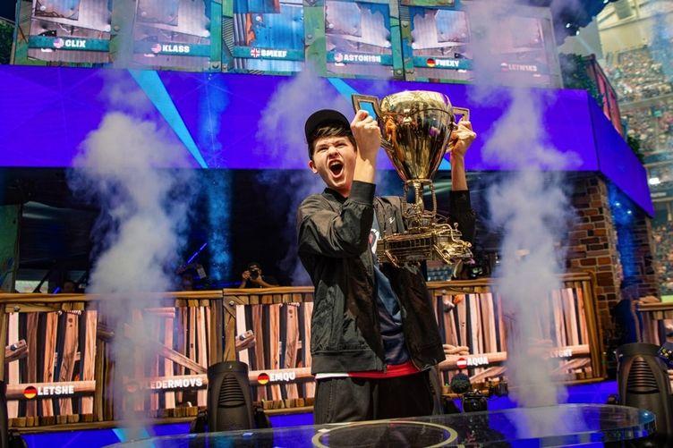 初開催『Fortnite』W杯、ソロ部門は16歳 Bughaが優勝 賞金3億円超え