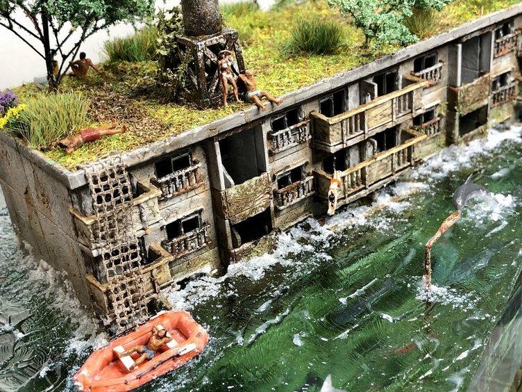 廃墟の魅力をグッと凝縮 「水没ジオラマ」に漂うポストアポカリプス感