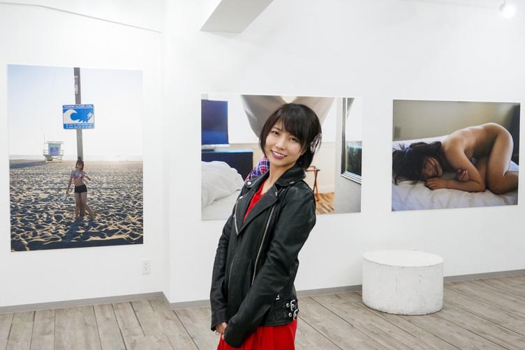 700枚の戸田真琴と旅をする 全て「レタッチなし」の写真展