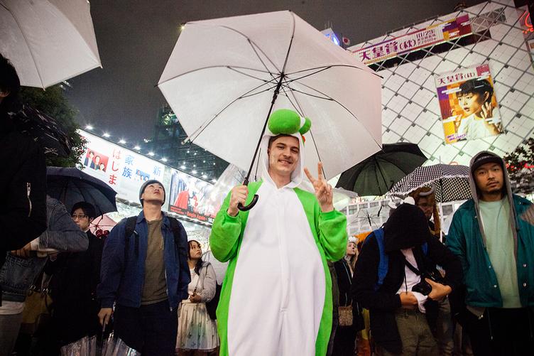 【街頭レポート】渋谷のハロウィン、なぜ外国人が集まる?