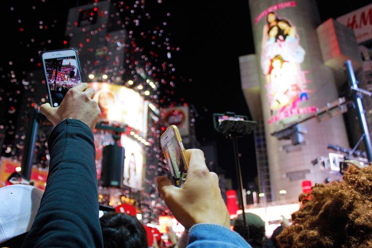 【写真】渋谷、年越しカウントダウンだけはガチすぎ。狂乱の一夜