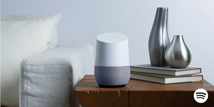 リリース相次ぐスマートスピーカー Spotifyが「Google Home」に対応