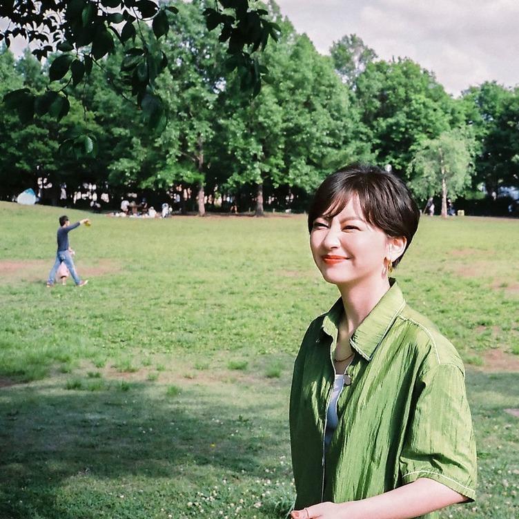 chelmicoのMamikoこと鈴木真海子が1stアルバムをリリース 4年ぶりのソロ始動