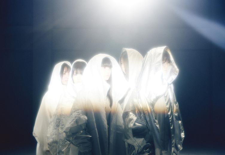 5人組コレクティブ「mzsrz(ミズシラズ)」 DECO*27プロデュースでデビュー