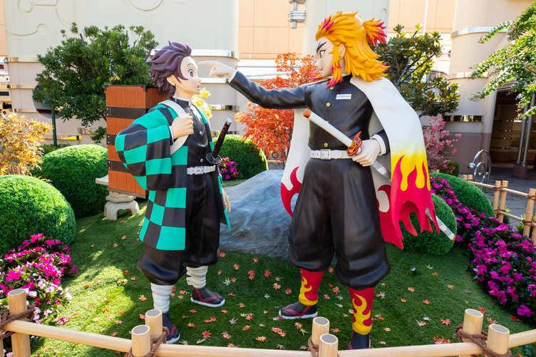 炭治郎と煉獄さんが隣に 『鬼滅の刃』USJコラボでリアルな鬼殺隊がお出迎え