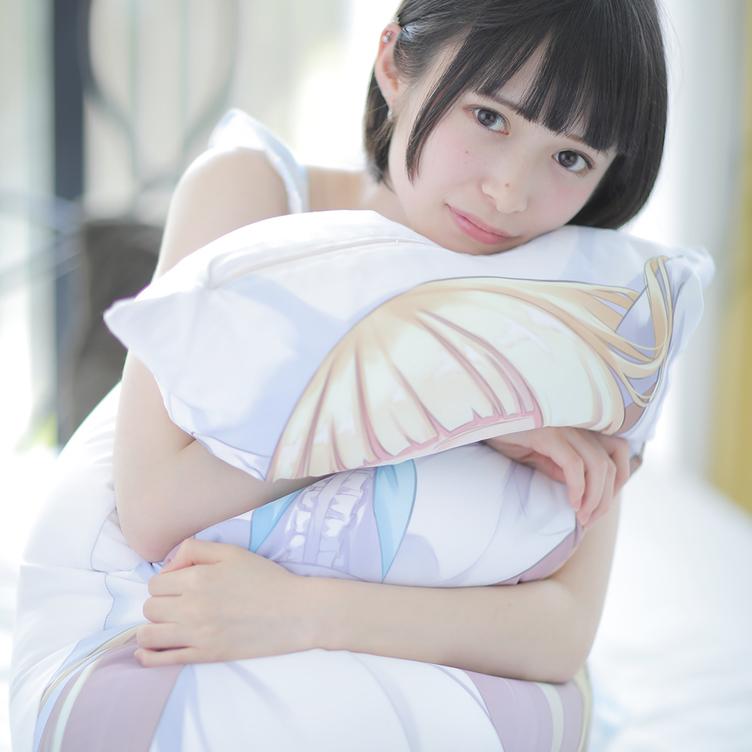 バブみ、デレを抱き枕で表現? ミスiD つぶらがモデルに