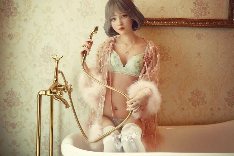 菅野結以プロデュース アンニュイで儚げなバーチャルドール uca デビュー