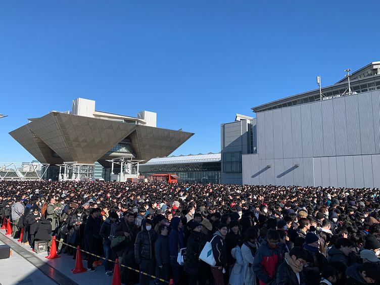 """平成最後のコミケ初日来場者は17万人 """"昭和最後のコミケ""""の2倍以上"""
