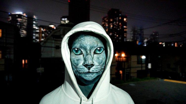 新人ラッパーMotifのMV、チョーヒカルによる猫フェイスペイントの存在感が光る
