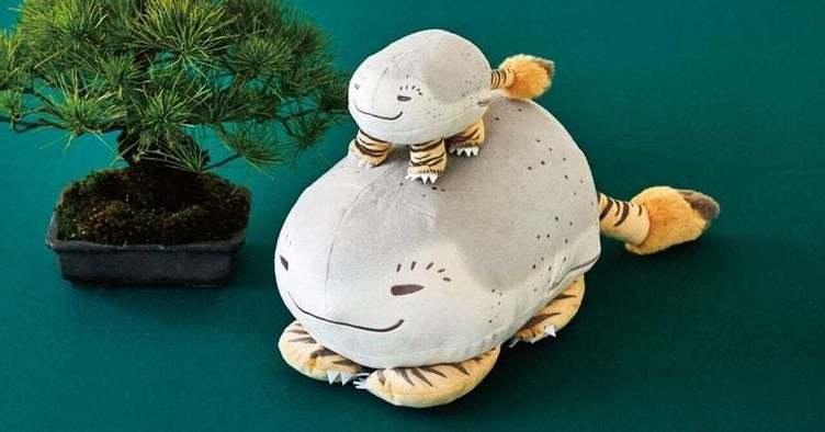 浮世絵師のユーモアが生んだ謎の生物「虎子石」をフェリシモがポーチに