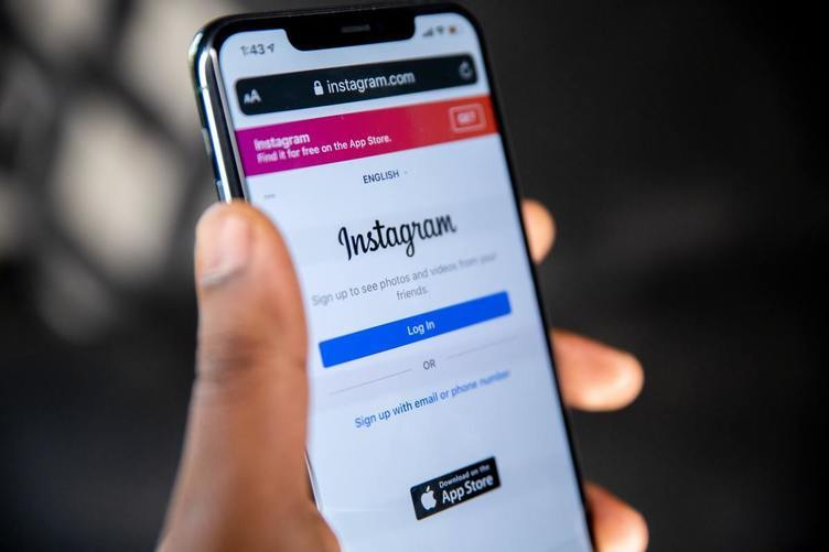 InstagramにTikTok風の新機能が実装 買収問題で話題の今、競合を意識か