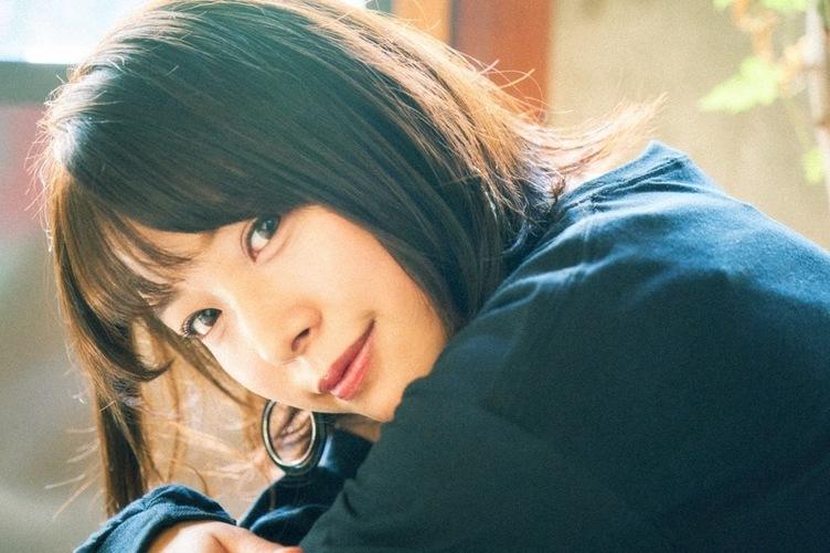 【写真】セクシー女優 八木奈々は文学少女 筒井康隆が教えてくれた小説の奥深さ