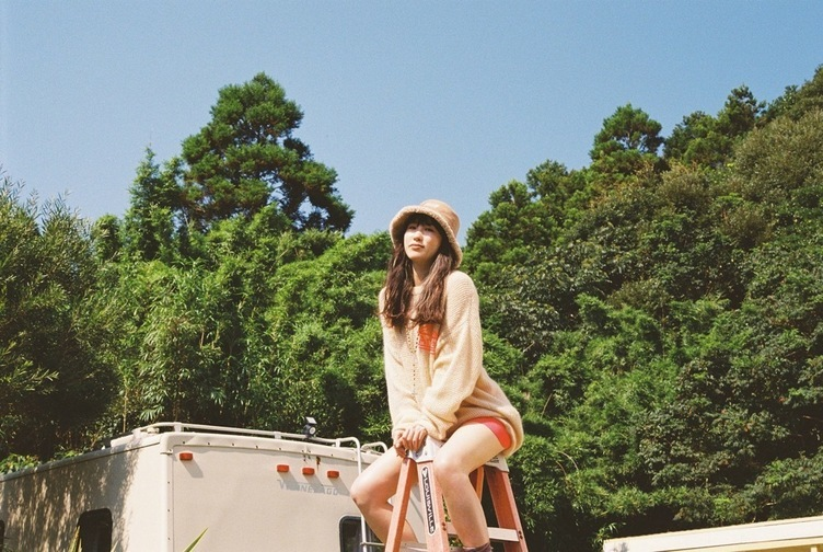 kiki vivi lily新曲「New Day(feat. Sweet William)」リリックビデオも公開