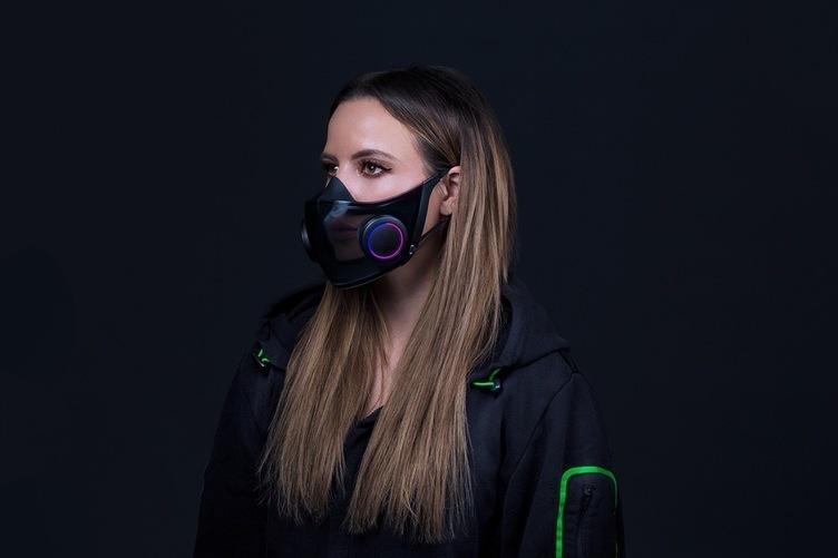Razerからゲーミングマスク誕生 医療規格を満たし、そして光る!