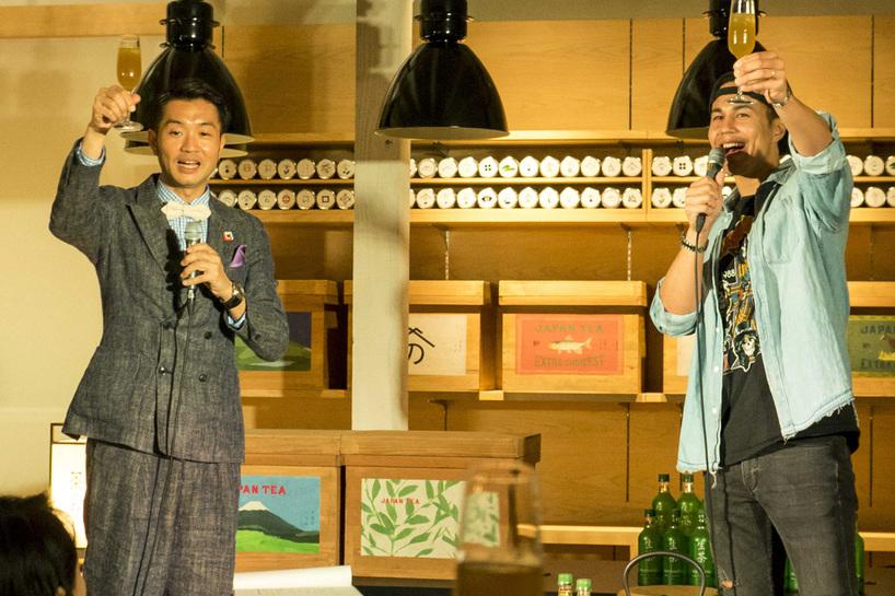(左から)クリスマストークにちなんだトークを披露した大抜卓人さん、ユージさん